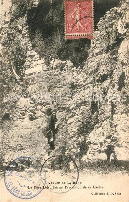 AK / Ansichtskarte Chastellux sur Cure Vallee de la Cure  Pere Leleu Grotte Kat. Chastellux sur Cure