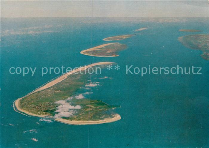 AK / Ansichtskarte Langeoog Nordseebad Nordseeinsel Fliegeraufnahme aus 4000 m Hoehe Kat. Langeoog