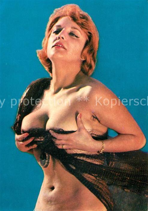 AK / Ansichtskarte Erotik Frau  Kat. Schoene Kuenste
