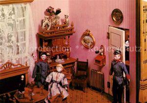 AK / Ansichtskarte Puppen Puppenstube mit Salon um 1900 Rheinisches Freilichtmuseum Kommern Kat. Spielzeug