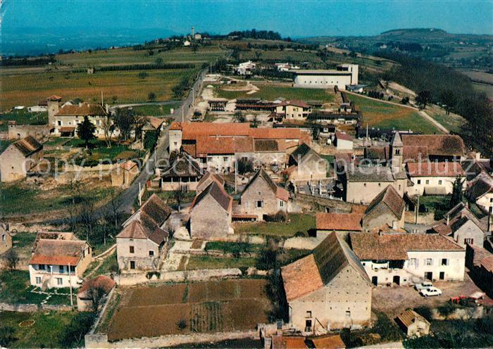 AK / Ansichtskarte Taize Saone et Loire Village avec eglise Kat. Taize