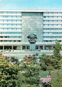 AK / Ansichtskarte Karl Marx Stadt Karl Marx Monument Denkmal Kat. Chemnitz