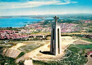 AK / Ansichtskarte Almada Monumento a Cristo Rei visto do ar Christusstatue Kat. Almada