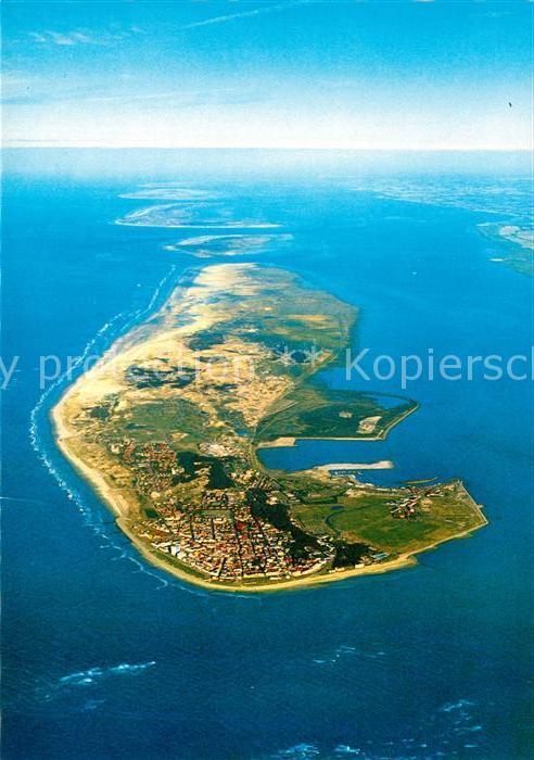 Norderney Nordseebad Nordseeinsel Fliegeraufnahme aus ca. 2500 m Hoehe mit Insel Baltrum Langeoog Spiekeroog Wangerooge Festland Kat. Norderney