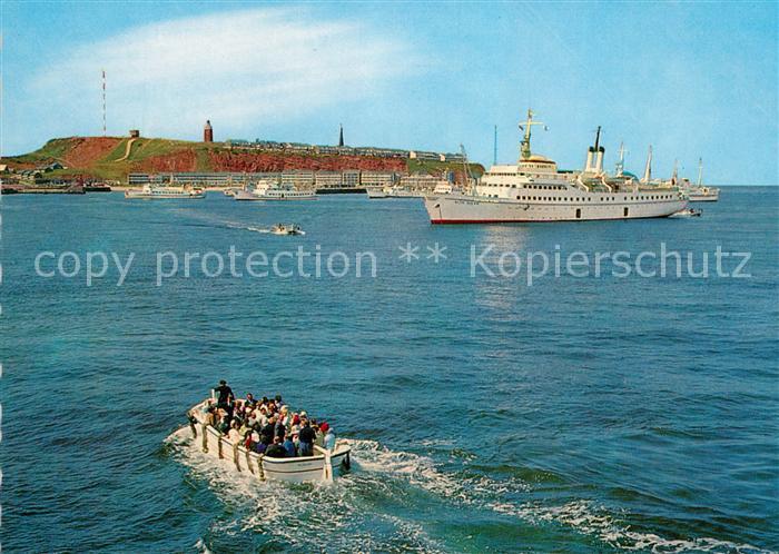 AK / Ansichtskarte Helgoland Schiffe auf Reede Faehre Kat. Helgoland