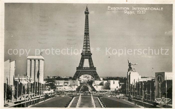 AK / Ansichtskarte Exposition Internationale Paris 1937 Eiffelturm Prise du Trocadero  Kat. Expositions