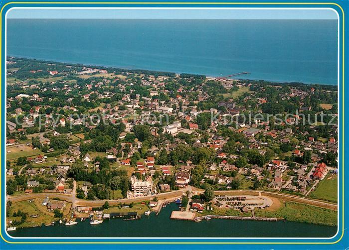AK / Ansichtskarte Zingst Ostseebad Fliegeraufnahme Hafen Strand Kat. Zingst Darss