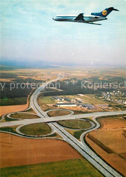 AK / Ansichtskarte Lufthansa Fliegeraufnahme Flughafen Koeln Bonn Autobahnkreuz  Kat. Flug