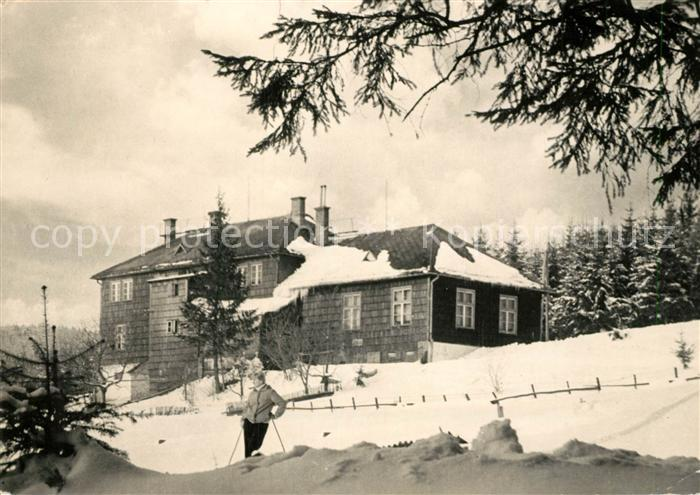 AK / Ansichtskarte Krasna Prazmo Horska chata Visalaje Moravskoslezske Beskydy Berghaus Maehrisch schlesische Beskiden im Winter