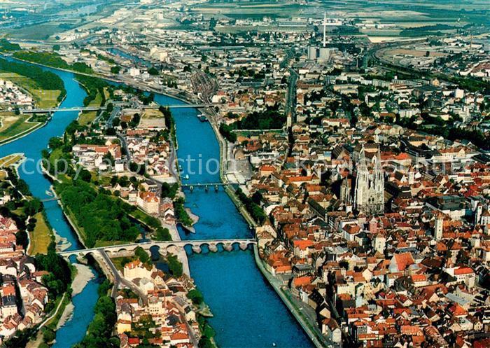 AK / Ansichtskarte Regensburg an der Donau Fliegeraufnahme Regensburg Kat. Regensburg