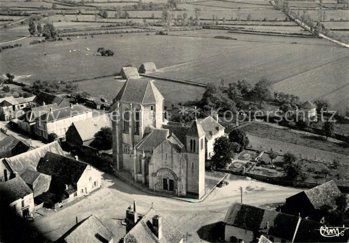 AK / Ansichtskarte Saint Thibault Cote d Or Egliseet le Prieure vue aerienne Saint Thibault Cote d Or Kat. Saint Thibault