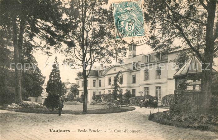 Vaujours Ecole Fenelon La Cour d honneur Vaujours Kat. Vaujours
