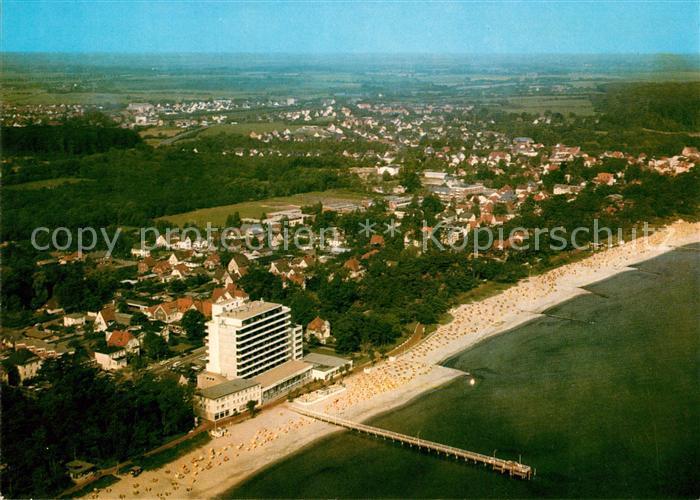 AK / Ansichtskarte Timmendorfer Strand Ostseeheilbad Hotel am Strand Seebruecke Fliegeraufnahme Timmendorfer Strand Kat. Timmendorfer Strand