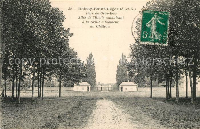 AK / Ansichtskarte Boissy Saint Leger Parc de Gros Bois Allee de l'Etoile conduisant a la Grille d'honneur du Chateau Boissy Saint Leger Kat. Boissy Saint Leger
