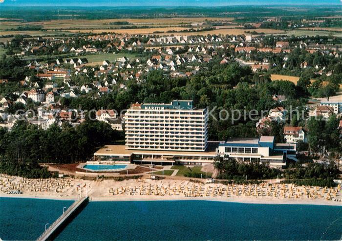 AK / Ansichtskarte Timmendorfer Strand Fliegeraufnahme Hotel Maritim Strand Timmendorfer Strand Kat. Timmendorfer Strand