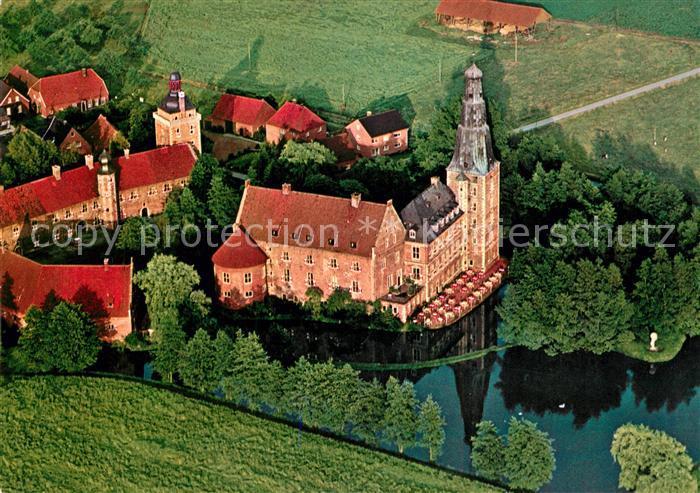 AK / Ansichtskarte Raesfeld Schloss Raesfeld Fliegeraufnahme Raesfeld Kat. Raesfeld