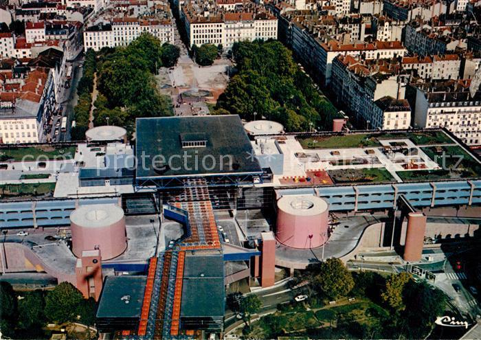AK / Ansichtskarte Lyon France Centre d echange de Perrache Place Carnot Rue Victor Hugo vue aerienne Lyon France Kat. Lyon