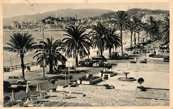 Cannes Alpes Maritimes La Promenade de la Croisette et le Suquet Cannes Alpes Maritimes Kat. Cannes