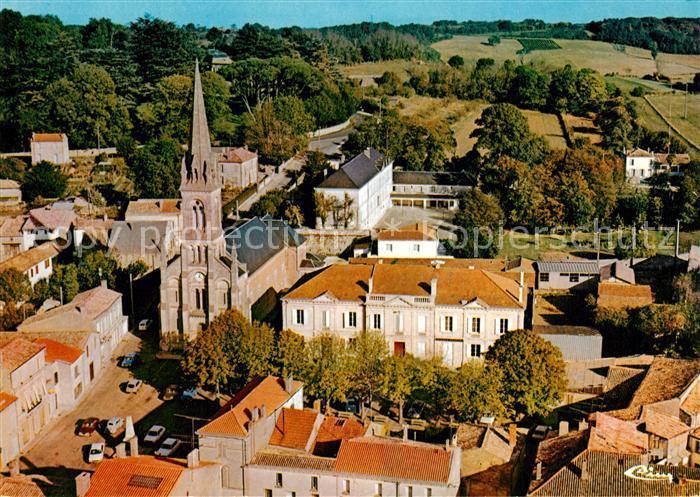 AK / Ansichtskarte Mirambeau_Charente Maritime Fliegeraufnahme Place de Eglise Mirambeau Kat. Mirambeau