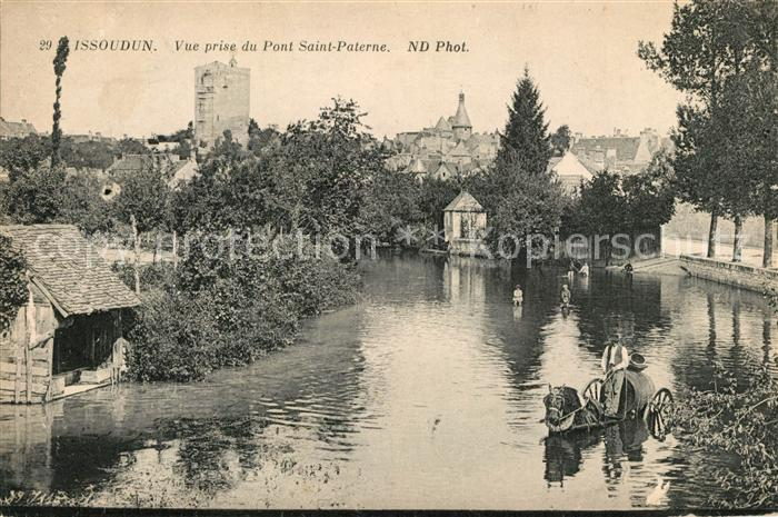 AK / Ansichtskarte Issoudun_Indre Vue prise du Pont Saint Paterne Issoudun Indre Kat. Issoudun