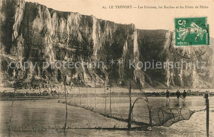 AK / Ansichtskarte Le_Treport Les Falaises les Roches et les Filets de Peche Le_Treport Kat. Le Treport
