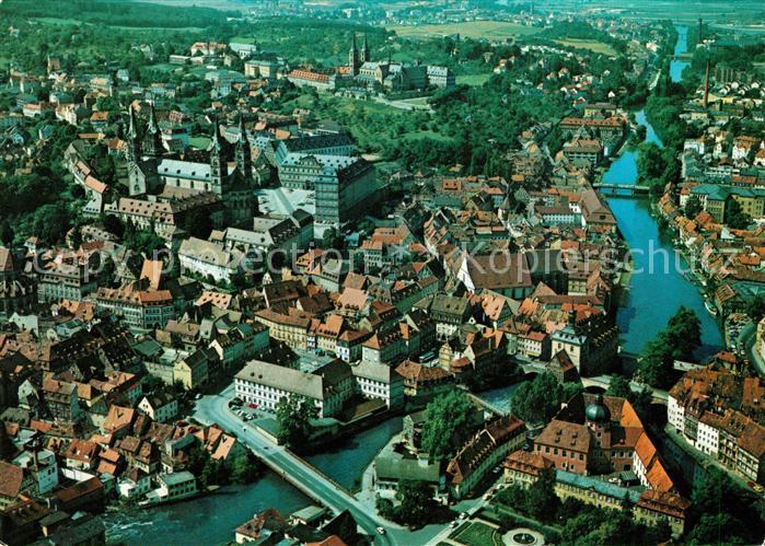 AK / Ansichtskarte Bamberg Blick auf Regnitz Altes Rathaus Kaiserdom Kloster Michaelsberg Fliegeraufnahme Bamberg Kat. Bamberg 0