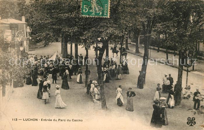 AK / Ansichtskarte Luchon_Haute Garonne Entree du Parc du Casino Luchon Haute Garonne Kat. Bagneres de Luchon