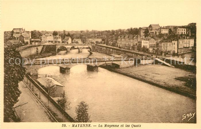 AK / Ansichtskarte Mayenne Ufer Bruecken Panorama Mayenne Kat. Mayenne