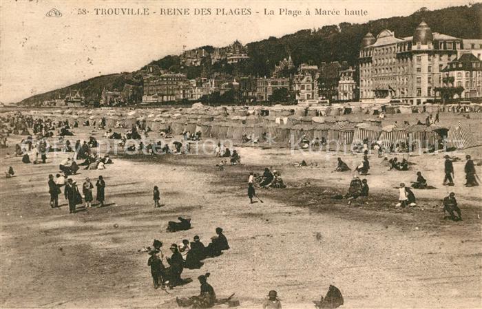 AK / Ansichtskarte Trouville_Havre Strand Maree haute Trouville_Havre Kat. Trouville