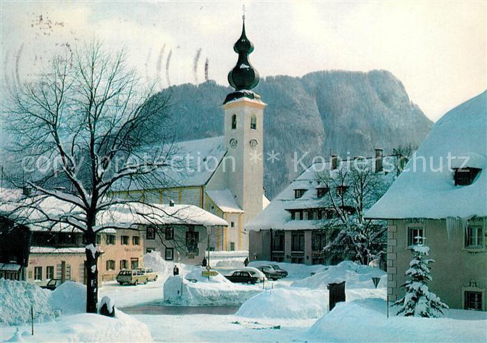 AK / Ansichtskarte Inzell Dorfplatz Falkenstein Winter Inzell
