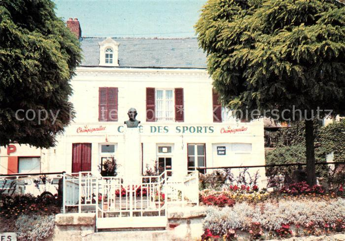 AK / Ansichtskarte Hautvillers Place de la Republique Cafe des Sports Hautvillers