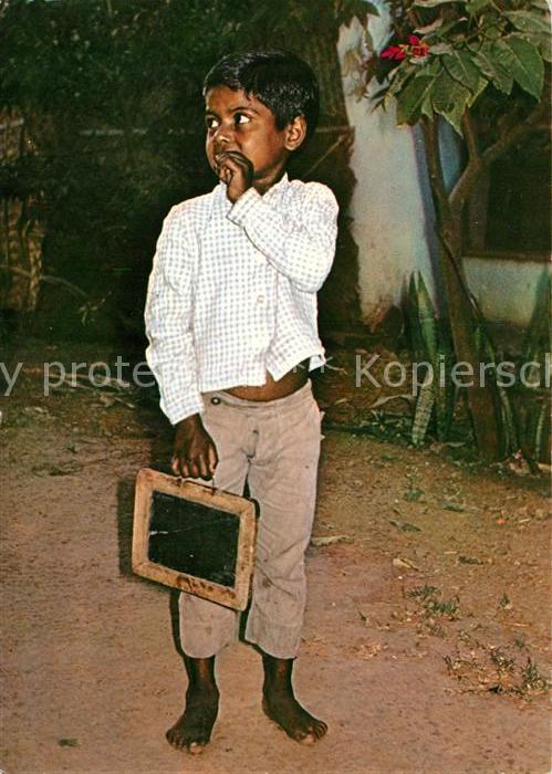 AK / Ansichtskarte Schule Kind Andheri Bombay Schultafel  Schule
