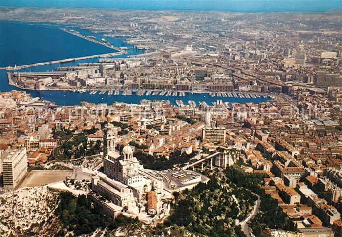 AK / Ansichtskarte Marseille_Bouches du Rhone Fliegeraufnahme Basilique Notre Dame de la Garde  Marseille