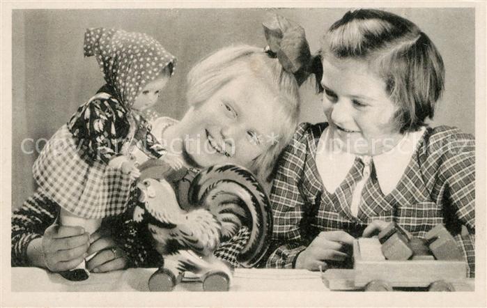 AK / Ansichtskarte Spielzeug Kinder Puppe Rollhahn  Spielzeug