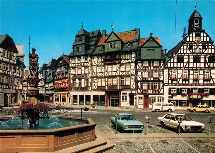 AK / Ansichtskarte Butzbach Marktplatz Brunnen Fachwerk Butzbach