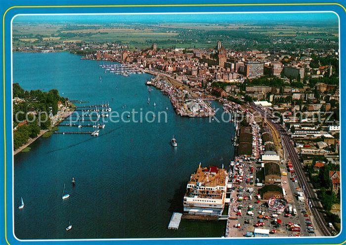 AK / Ansichtskarte Rostock_Mecklenburg Vorpommern Hafen Hansestadt Fliegeraufnahme Rostock