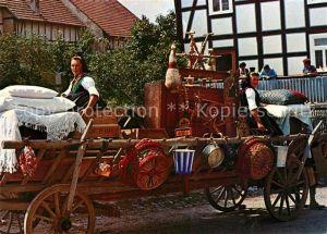 Schwalmstadt Kammerwagen Aussteuer eine Schwalmer Braut Tradition Trachten Schwalmstadt