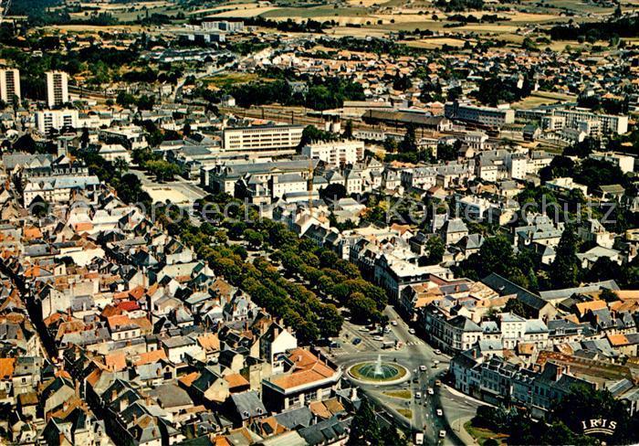 AK / Ansichtskarte Chatellerault Fliegeraufnahme Chatellerault