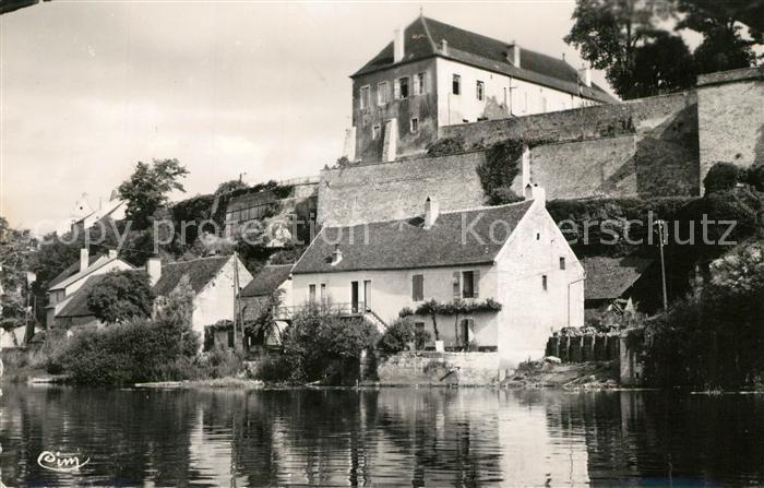 AK / Ansichtskarte Pesmes Terrasse du Chateau et la Gendarmerie Pesmes 0