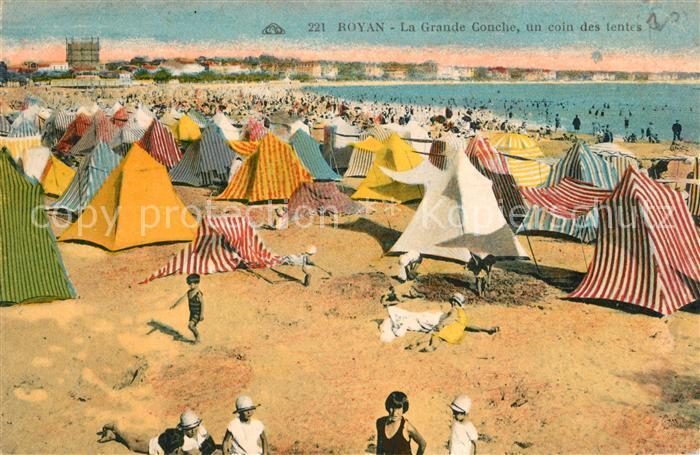AK / Ansichtskarte Royan_Charente Maritime La Grande Conche un coin des tentes Royan Charente Maritime