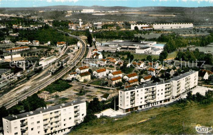 AK / Ansichtskarte Montataire Cite Bellevue Vue aerienne Montataire