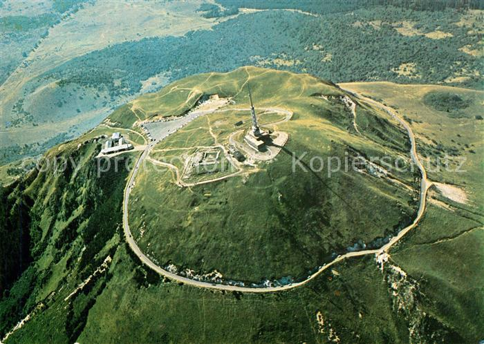 AK / Ansichtskarte Puy de Dome Sommet du Puy de Dome Ruines du Temple de Mercure Observatoire vue aerienne Puy de Dome