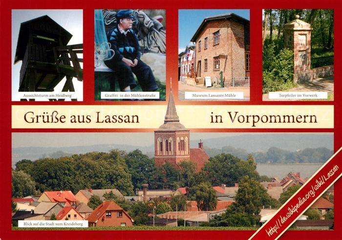 AK / Ansichtskarte Lassan Aussichtsturm Heidberg Graffiti Museum Lasssaner Muehle Torpfeiler Vorwerk Stadtbild vom Kreideberg mit Kirche Lassan