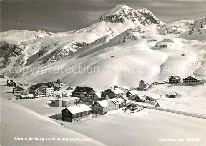 AK / Ansichtskarte Zuers_Arlberg mit Ruetispitz Zuers Arlberg