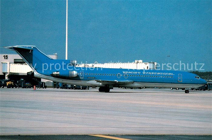AK / Ansichtskarte Flugzeuge_Zivil Braniff International Boeing 727 225 N8855E c n 20617 900 Flugzeuge Zivil