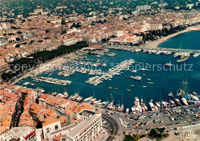 AK / Ansichtskarte Cannes_Alpes Maritimes Port Centre Ville Hotel Mediterranee vue aerienne Cannes Alpes Maritimes