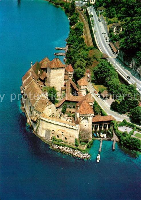 AK / Ansichtskarte Chillon Chateau Lac Leman Genfer See Fliegeraufnahme Chillon