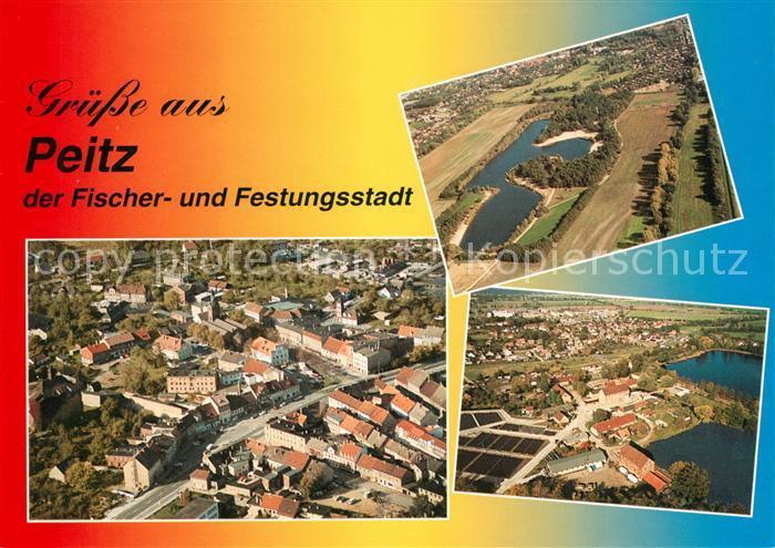 AK / Ansichtskarte Peitz Fliegeraufnahme Stadtbild Badesee Garkoschke Peitzer Teichlandschaft Peitz