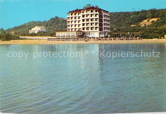 AK / Ansichtskarte Ortona Hotel Mara Strand vom Meer aus gesehen Ortona