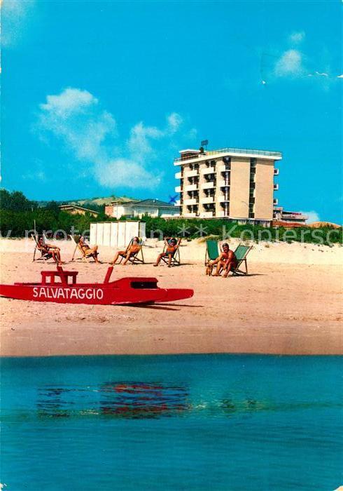 AK / Ansichtskarte Alba_Adriatica Hotel Doge Strand Alba Adriatica
